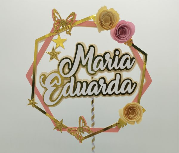 Topo de Bolo com nome em camadas (Maria Eduarda)